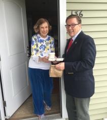 Senator Ross delivered meals in Norfolk